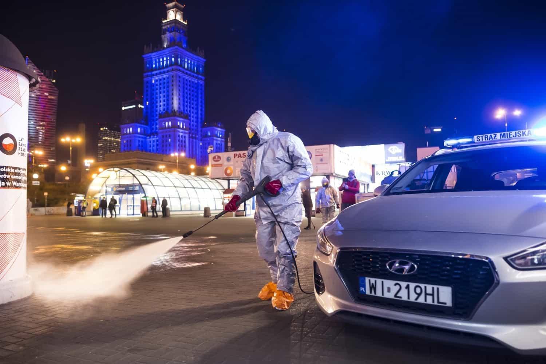 Дезинфекция улиц Варшавы